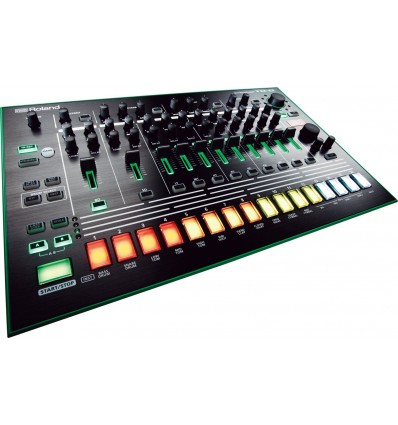 Roland TR-8 Rhythm Performer Aira