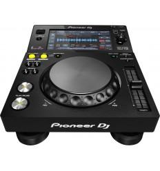 Pioneer XDJ 700 player